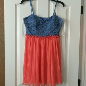 To blue and orange dress size 9